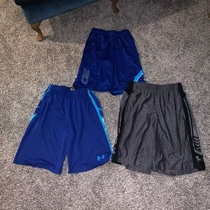 4 pairs of under armour shorts